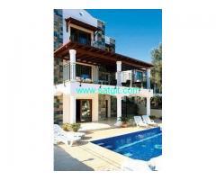Antalya da tesettürlü ailler için 4+1 özel havuzlu lüks kiralık villa