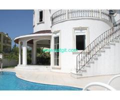 Antalya belek te 4+1 kiralık özel havuzlu lüks villa