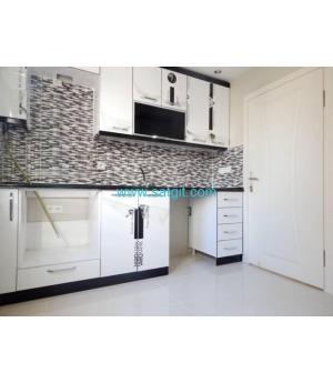 Home Vizyon'dan Bahçelievler Yenibosna'da Satılık 5+2 Dublex Daire.